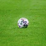 Piłkarskie granie w cieniu konfliktu. W niedzielę finał