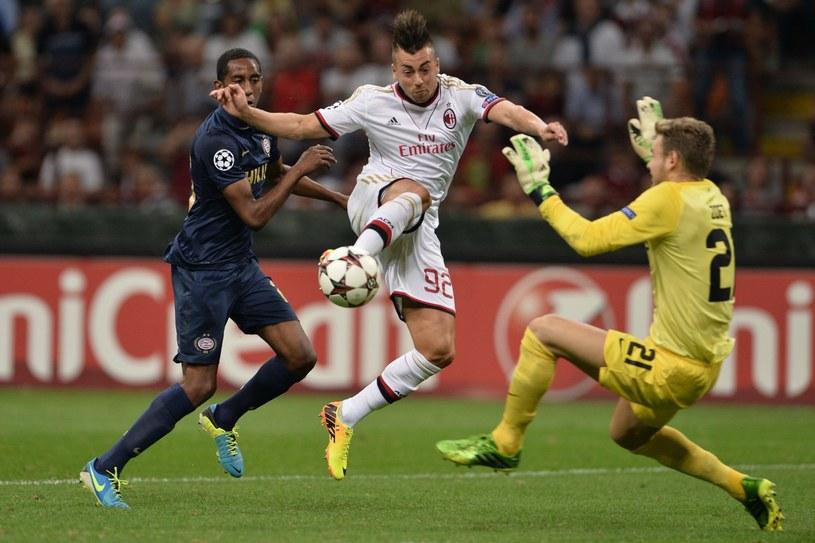 Piłkarz AC Milan Stephan El Shaarawy (w środku) /AFP