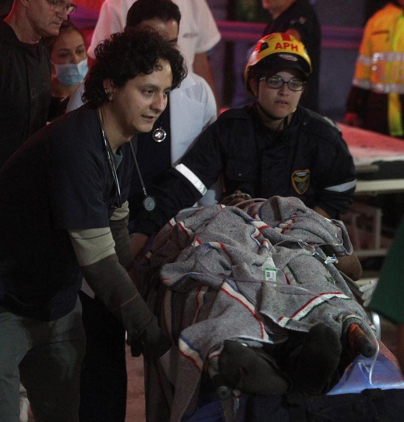 Piłkarz Alan Ruschel jest jednym z ocalałych w katastrofie /LUIS EDUARDO NORIEGA    /PAP/EPA