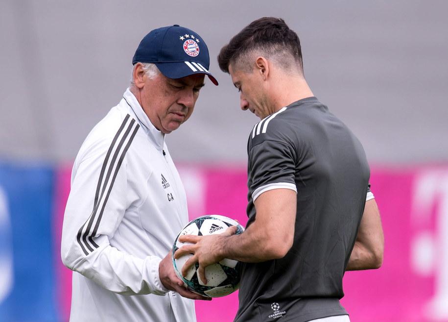 Piłkarz Bayernu Robert Lewandowski i trener Carlo Ancelotti podczas treningu w Monachium /SVEN HOPPE /PAP/DPA