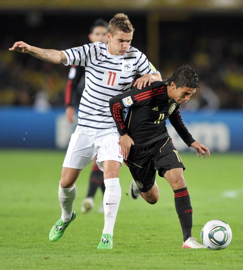 Piłkarz Cordoby Ulises Davila (z prawej) /AFP