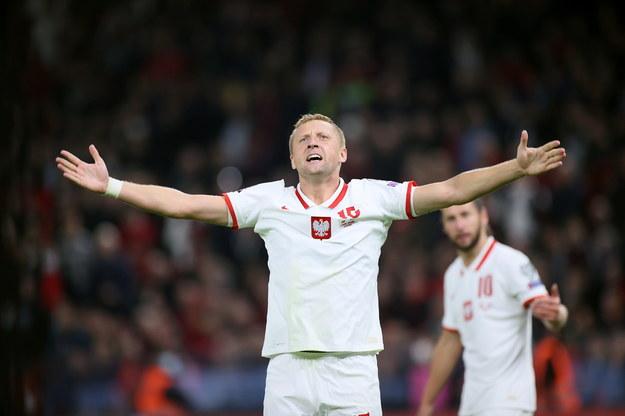 Piłkarz reprezentacji Polski Kamil Glik podczas meczu eliminacyjnego mistrzostw świata z Albanią / Leszek Szymański    /PAP