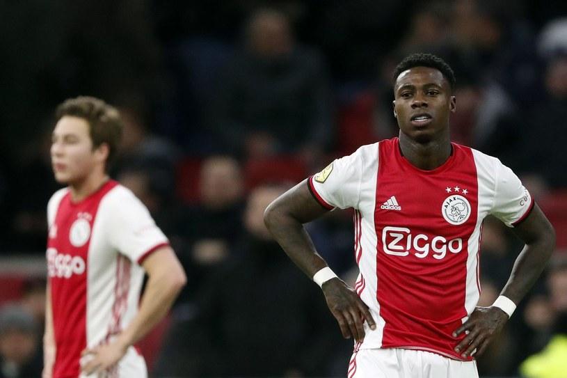 Piłkarze Ajaksu Amsterdam otwierali tabelę Eredivisie w momencie przerwania rywalizacji /AFP