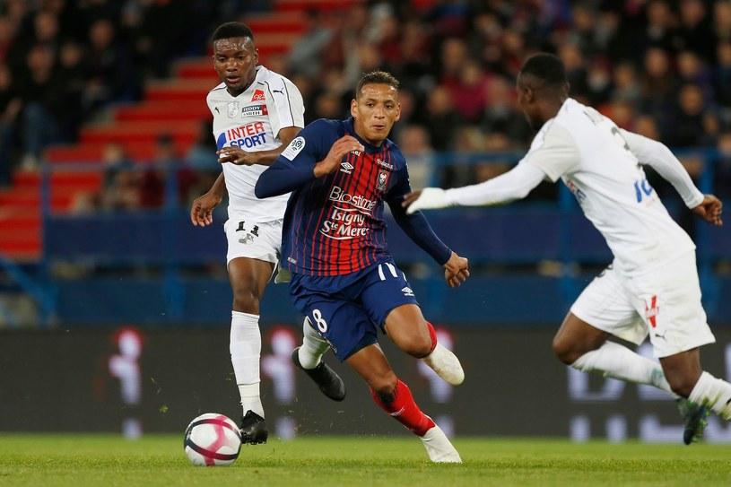 Piłkarze Amiens (białe stroje) /AFP