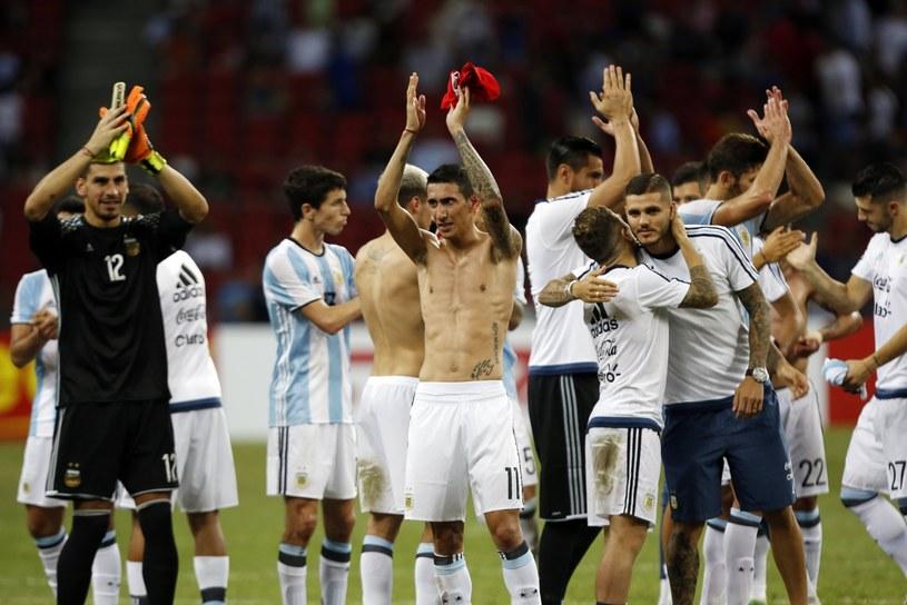 Piłkarze Argentyny po wygranej z Singapurem /PAP/EPA