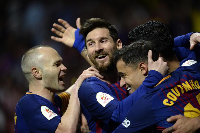 Piłkarze Barcelony mają co świętować /AFP