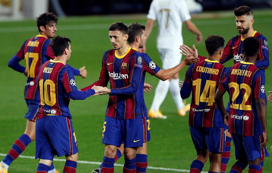 Piłkarze Barcelony /ALBERTO ESTEVEZ /PAP/EPA