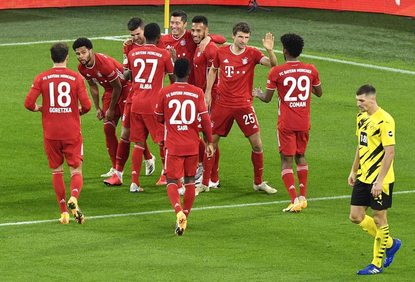 Piłkarze Bayernu mogą się cieszyć z kolejnego mistrzostwa /MARTIN MEISSNER / POOL / AFP /AFP