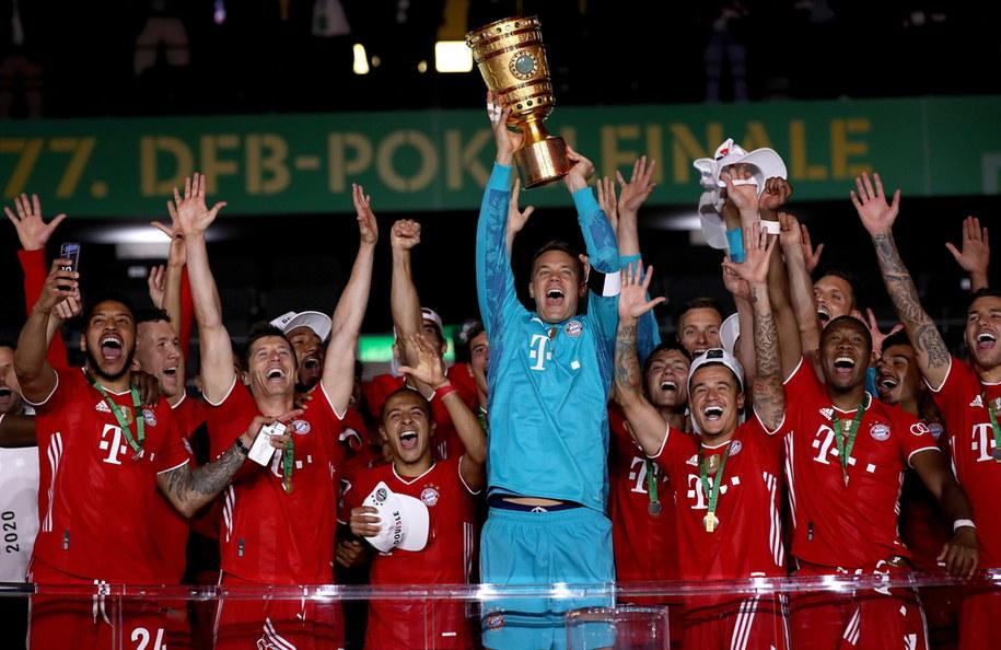 Piłkarze Bayernu Monachium po wygraniu Pucharu Niemiec /ALEXANDER HASSENSTEIN / POOL /PAP/EPA