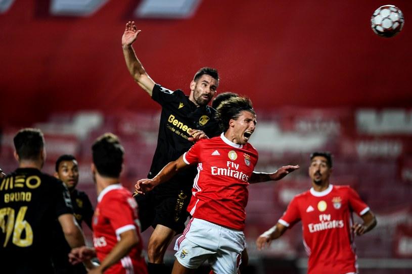 Piłkarze Benfiki Lizbona (na czerwono) /AFP