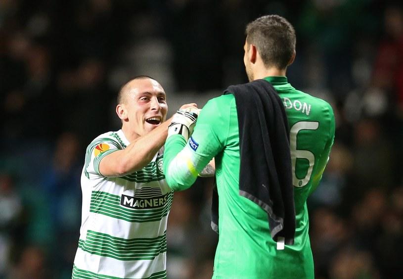 Piłkarze Celticu Craig Gordon i Scott Brown (z lewej) /AFP
