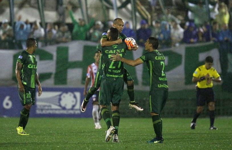 Piłkarze Chapecoense 30 listopada mieli rozegrać finał Copa Sudamerica z Atletico Nacional /Mario Cuhna /PAP/EPA