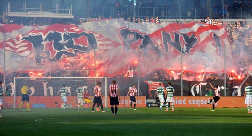 Piłkarze Cracovii podczas meczu z Lechią Gdańsk /Fot. Marek Lasyk/REPORTER /