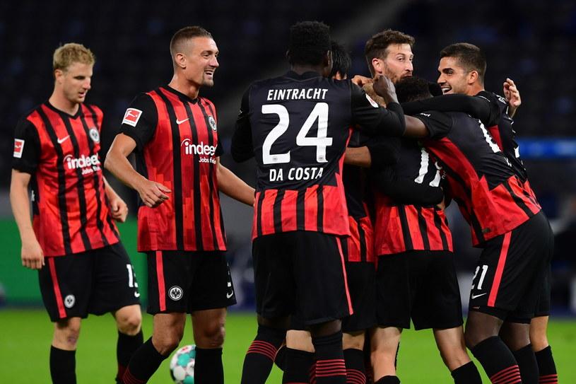 Piłkarze Eintrachtu zagrali bardzo dobrze i mogą cieszyć się ze zwycięstwa /PAP/EPA/FILIP SINGER /PAP/EPA