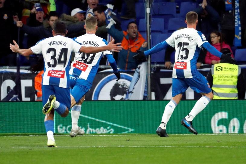 Piłkarze Espanyolu celebrują bramkę /PAP/EPA/TONI ALBIR /PAP/EPA
