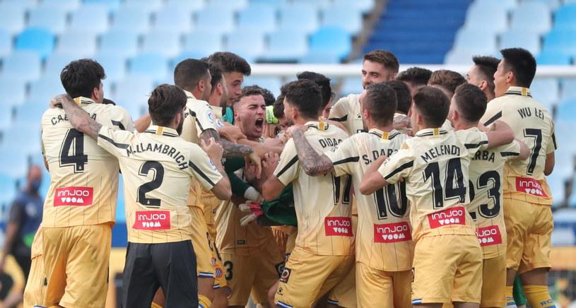 Piłkarze Espanyolu świętują awans do pierwszej ligi hiszpańskiej /PAP/EPA/Javier Cebollada /PAP