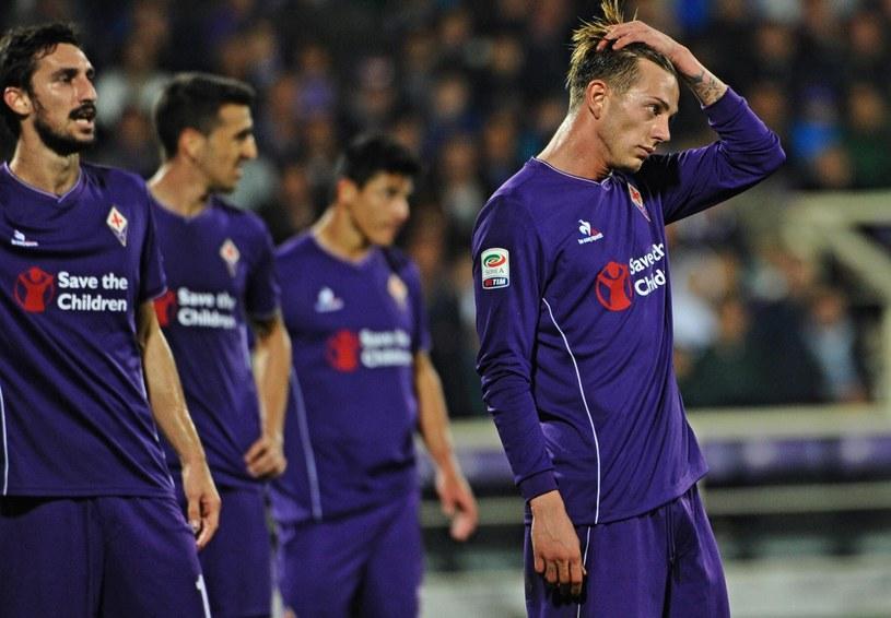 Piłkarze Fiorentiny po porażce z AS Roma /PAP/EPA