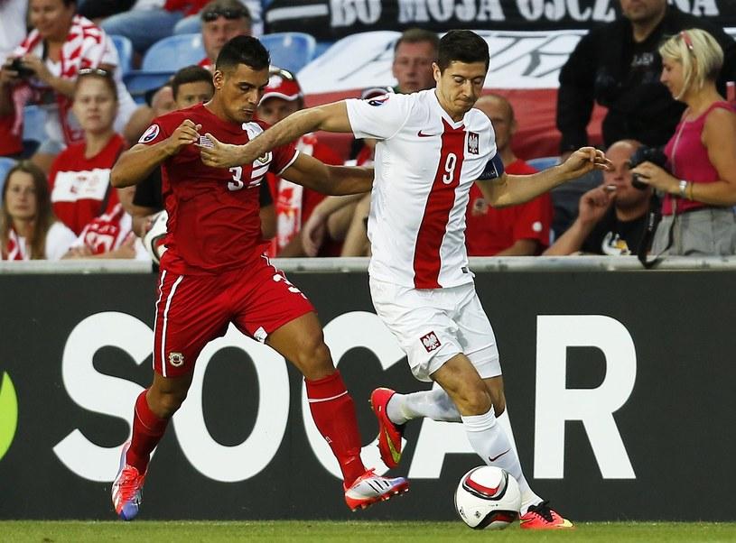 Piłkarze Gibraltaru zadebiutowali w rozgrywkach organizowanych przez UEFA. Przegrali z Polską 0-7 /AFP
