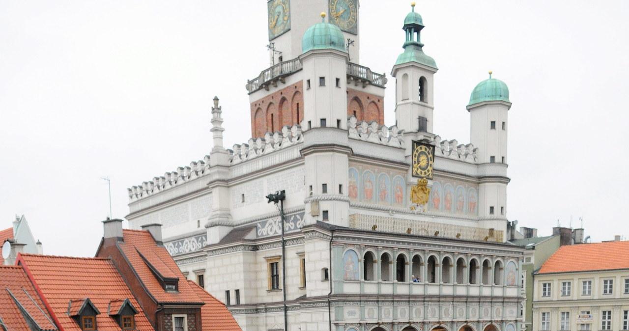 Piłkarze i kibice Lecha Poznań fetują zdobycie mistrzowskiego tytułu