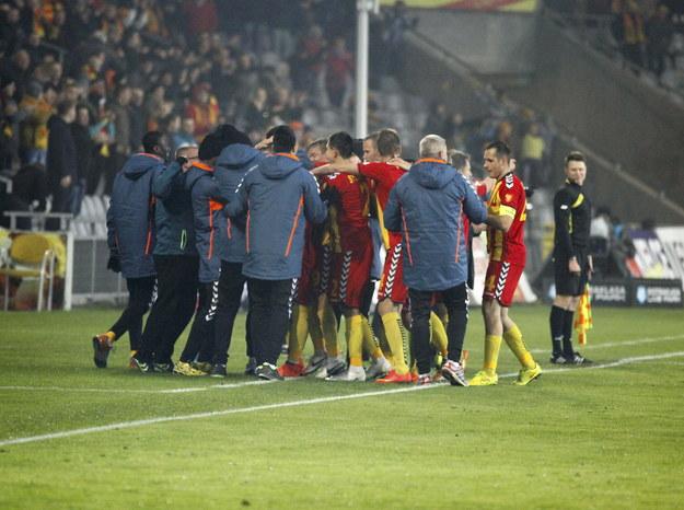 Piłkarze Korony cieszą się po bramce /PAP/Michał Walczak /PAP