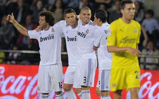 """Piłkarze """"Królewskich"""" (od lewej): Marcelo, Ronaldo, Pepe i di Maria /AFP"""