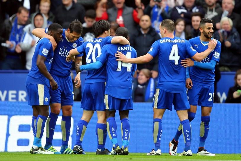 Piłkarze Leicester City pewnie zmierzają po mistrzowską koronę /PAP/EPA