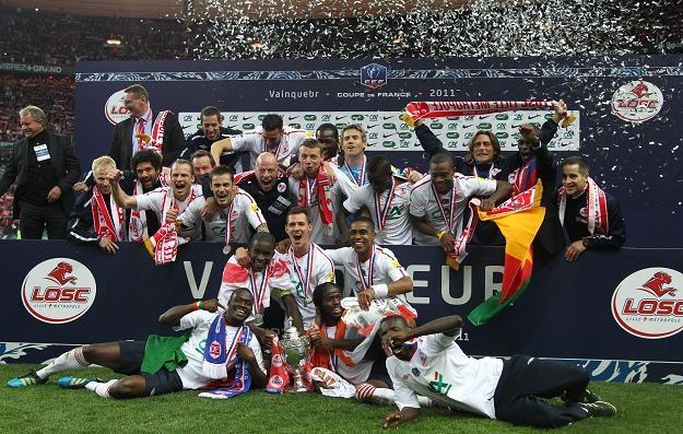 Piłkarze Lille z Pucharem Francji /AFP