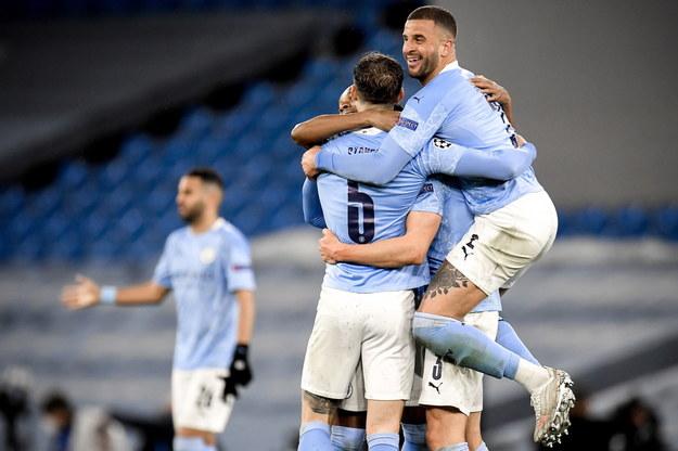 Piłkarze Manchesteru City cieszą się z awansu /PETER POWELL   /PAP/EPA