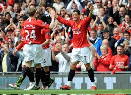 Piłkarze MU po raz trzeci z rzędu zostali mistrzami Anglii /AFP