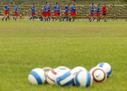 Piłkarze odmawiają treningów./fot. P. de Ville /Agencja SE/East News