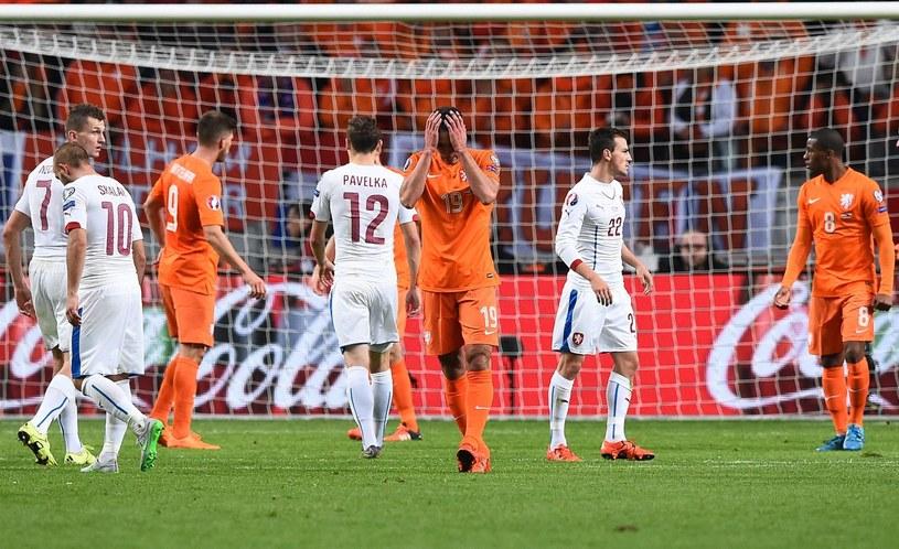 """Piłkarze """"Oranje"""" nie awansowali na Euro /AFP"""