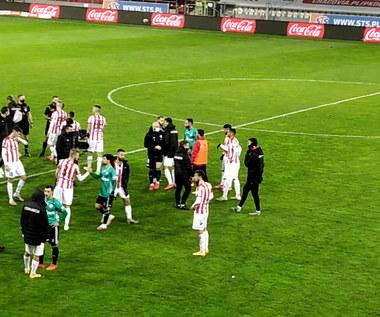 Piłkarze po meczu Cracovia - Legia (0-1). Wideo