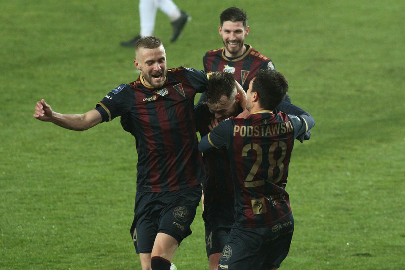 Piłkarze Pogoni Szczecin /Tomasz Kudala /East News