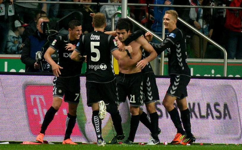 Piłkarze Polonii Warszawa mają na koncie trzy zwycięstwa w tym sezonie T-Mobile Ekstraklasy /Fot. Bartłomiej Zborowski /PAP
