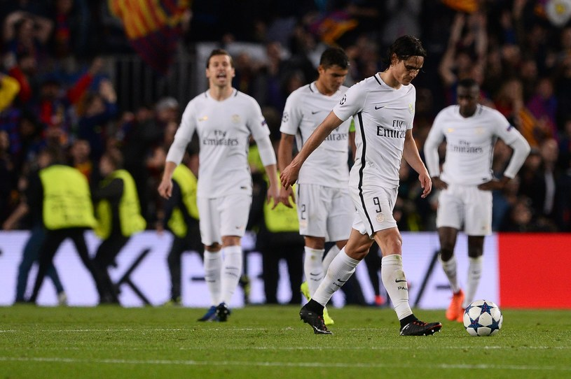 Piłkarze PSG po porażce z FC Barcelona /AFP