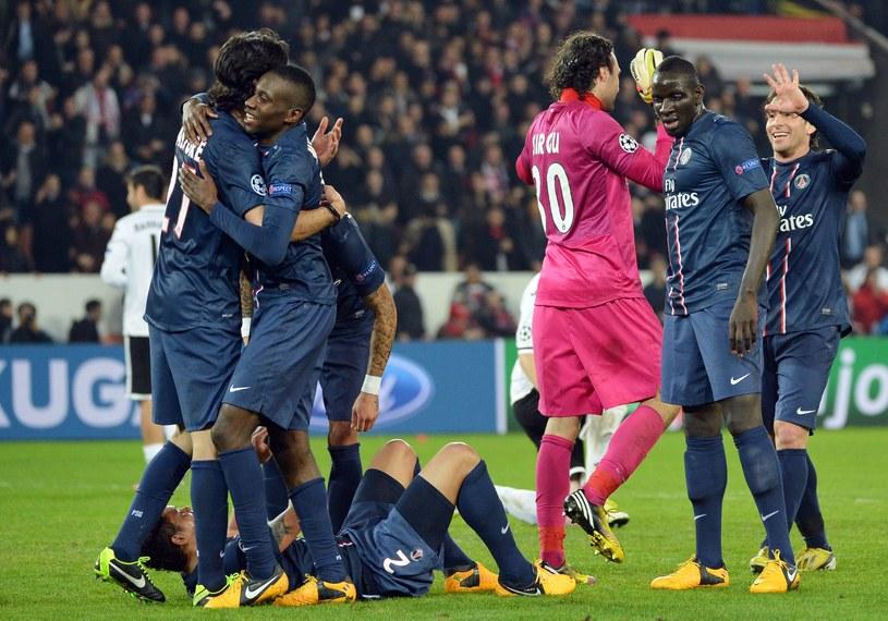 Piłkarze PSG świętują awans do ćwierćfinału Ligi Mistrzów /AFP