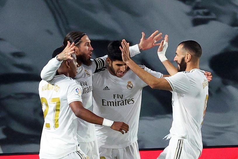 Piłkarze Realu mają do rozegrania rewanż z Manchesterem City /PAP/EPA