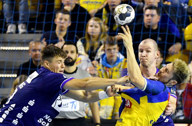 Piłkarze ręczni Łomży Vive Kielce pokonali SG Flensburg-Handewitt 37:29 /Piotr Polak /PAP