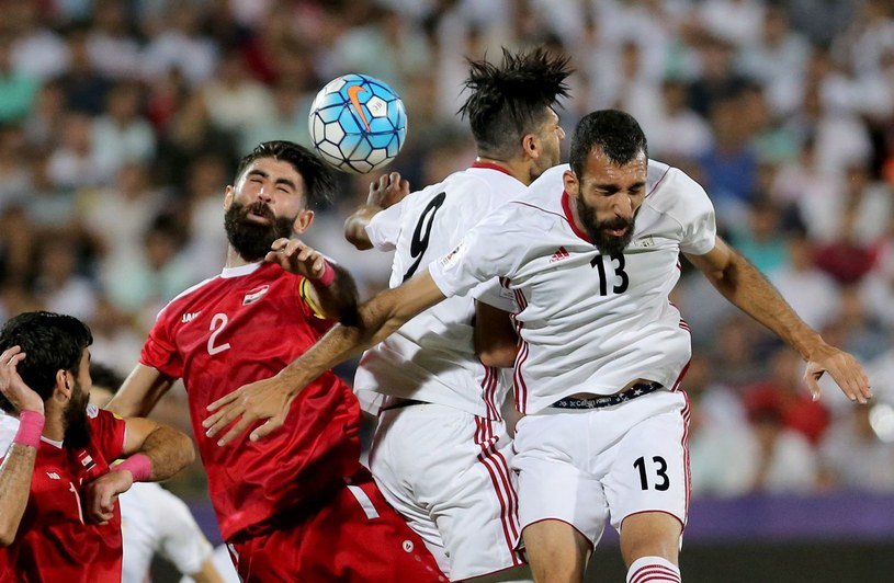 Piłkarze reprezentacji Iranu podczas meczu eliminacji MŚ z Syrią /AFP
