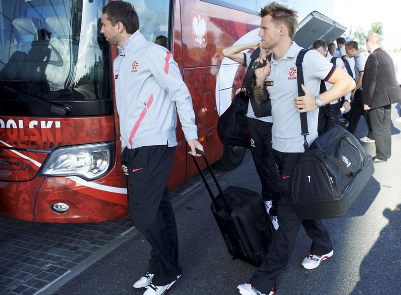 Piłkarze reprezentacji Polski na lotnisku w Gdańsku /Adam Warżawa /PAP