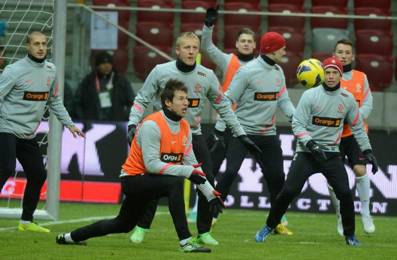 Piłkarze reprezentacji Polski podczas treningu na Stadionie Narodowym w Warszawie przed meczem z San Marino /Bartłomiej Zborowski /PAP