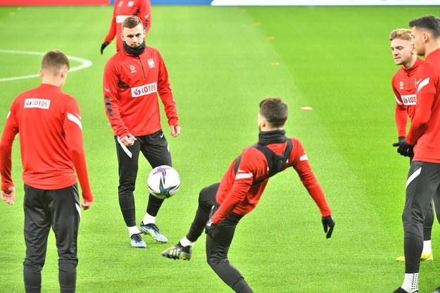 Piłkarze reprezentacji Polski podczas treningu w Budapeszcie /Andrzej Lange /PAP
