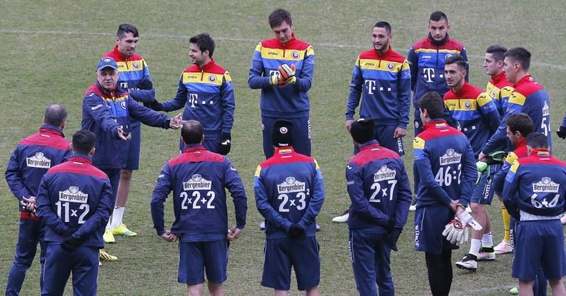 Piłkarze reprezentacji Rumunii (fot. Twitter) /