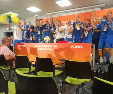 Piłkarze reprezentacji Ukrainy wtargnęli na konferencję prasową. Wideo