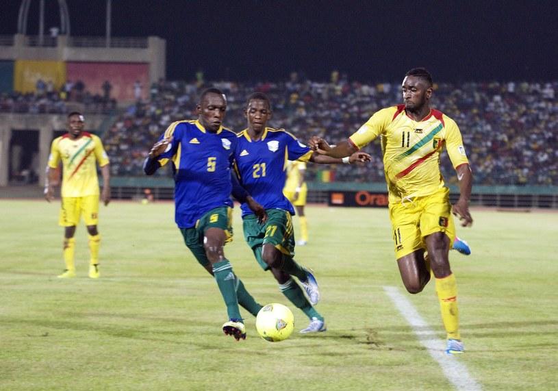 Piłkarze Rwandy (niebieskie koszulki) nie zagrają w PNA /AFP
