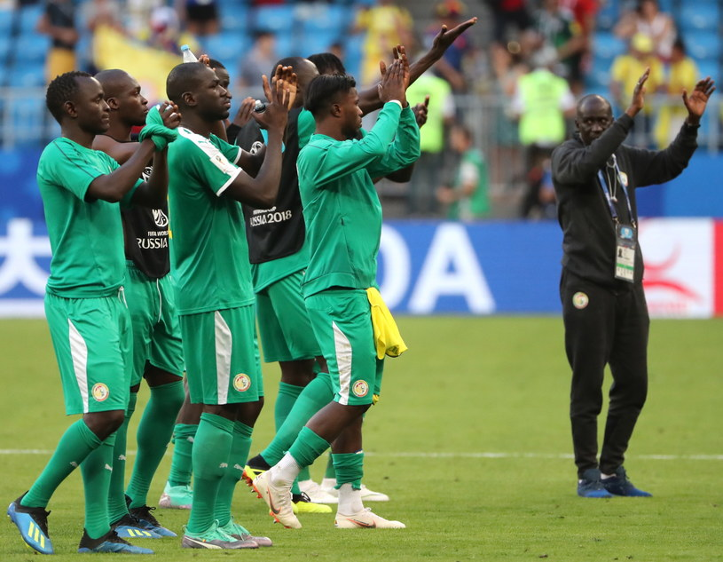 Piłkarze Senegalu żegnają się z mundialem /PAP/EPA