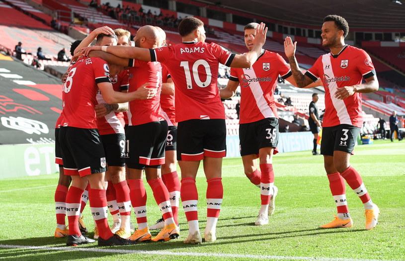 Piłkarze Southampton sprawili niespodziankę i mogą cieszyć się ze zwycięstwa /ANDY RAIN / POOL /PAP/EPA
