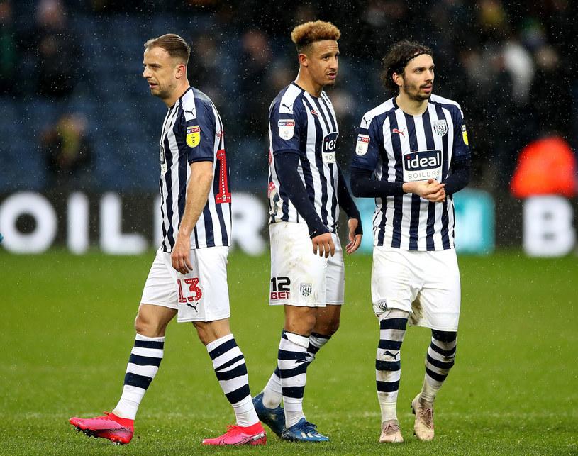 Piłkarze West Bromwich Albion: Kamil Grosicki (od lewej), Callum Robinson i Filip Krovinović /Nick Potts /East News