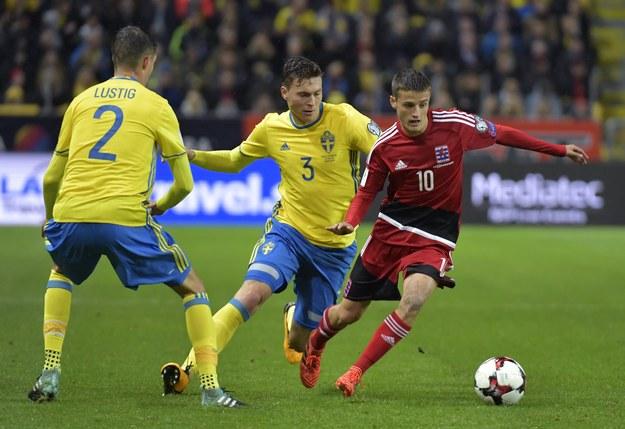 Piłkarze ze Szwecji w czasie meczu z Luksemburgiem /Jessica Gow/TT NEWS AGENCY /PAP/EPA