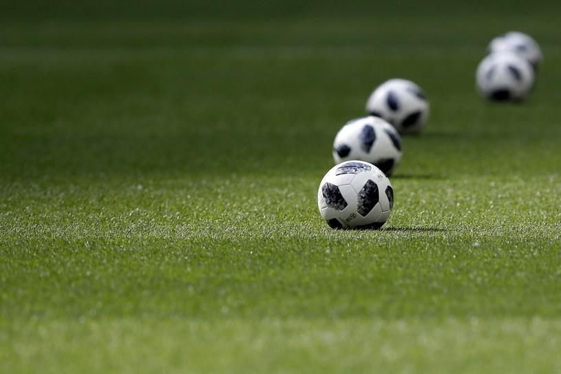 Piłki Telstar /Getty Images